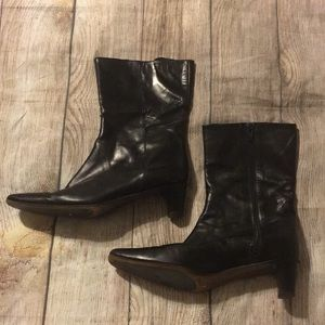 ❤️Cole Haan leather boots so cute!!❤️
